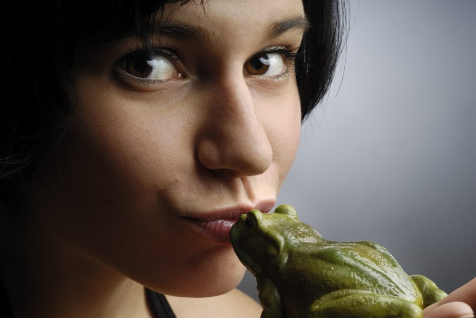 """Beautiful young woman kissing a frog, version with open eyes. AdobeRGB color profile"""